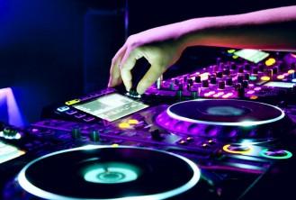 Remixing & Mashups